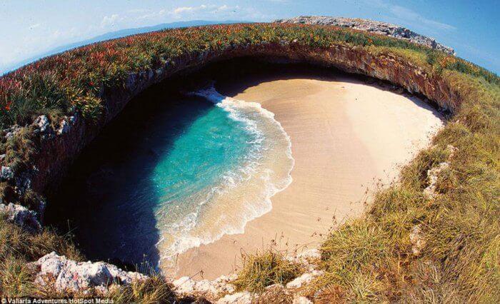 cómo llegar a playa escondida islas marietas