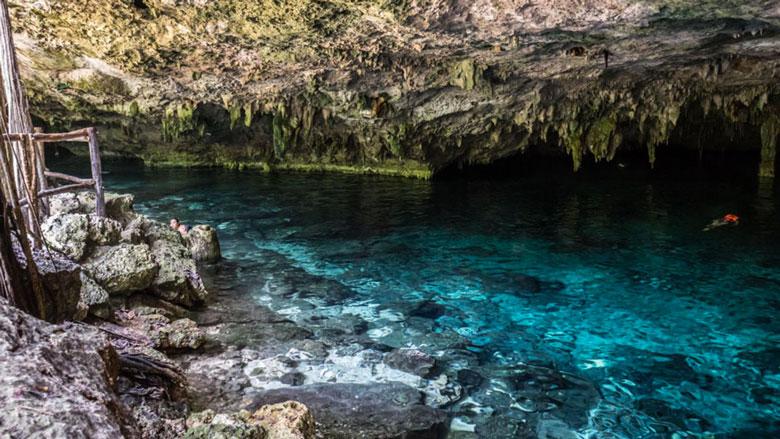 Cenote Dos Ojos, Tulum