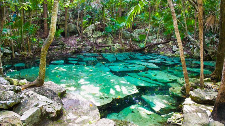 Cenote Azul, Puerto Aventuras