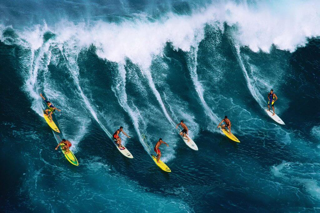 Top 9 de los destinos más locos para surfear olas grandes # 5 | Bayas cerebrales