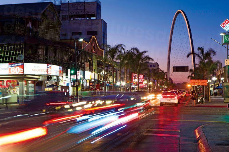 Avenida Revolución tijuana