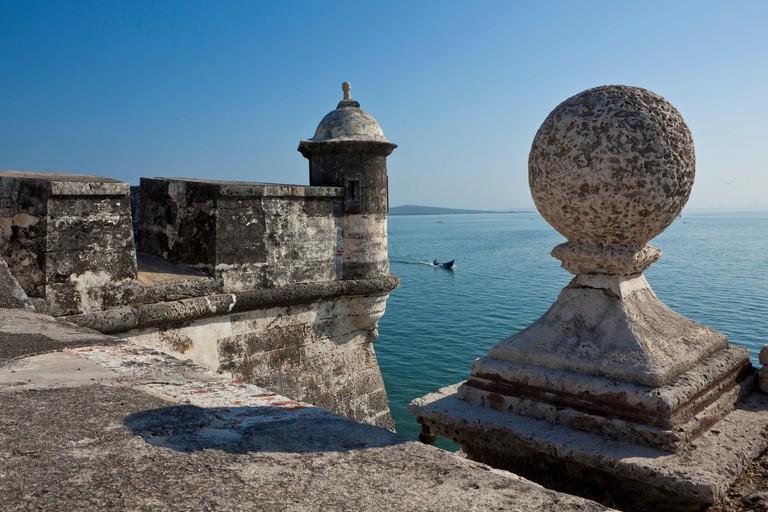Colombia, Departamento de Bolívar, Cartagena, catalogada como Patrimonio de la Humanidad por la UNESCO, las murallas del Fuerte de San Fernando de Bocachica, en